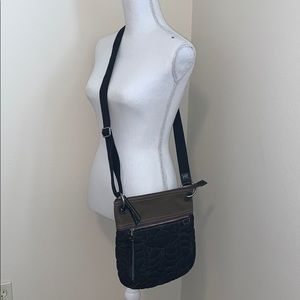 Auth Fossil Key Per Crossbody Quilted Bag!